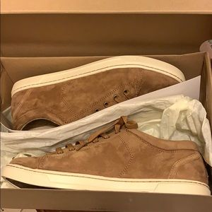 NWT Ugg Sneakers women's size 10